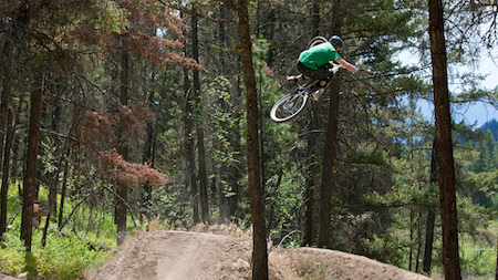 How to master dirt jumping on your bike