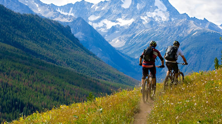 Top 5 tips to prepare for your first bike tour