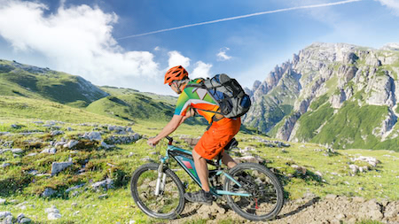 E-mountain bikes v mountain bikes - the pros and cons